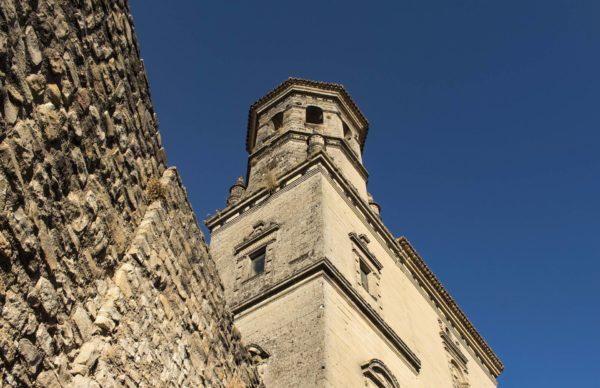 Gasolineras Jaén catedral