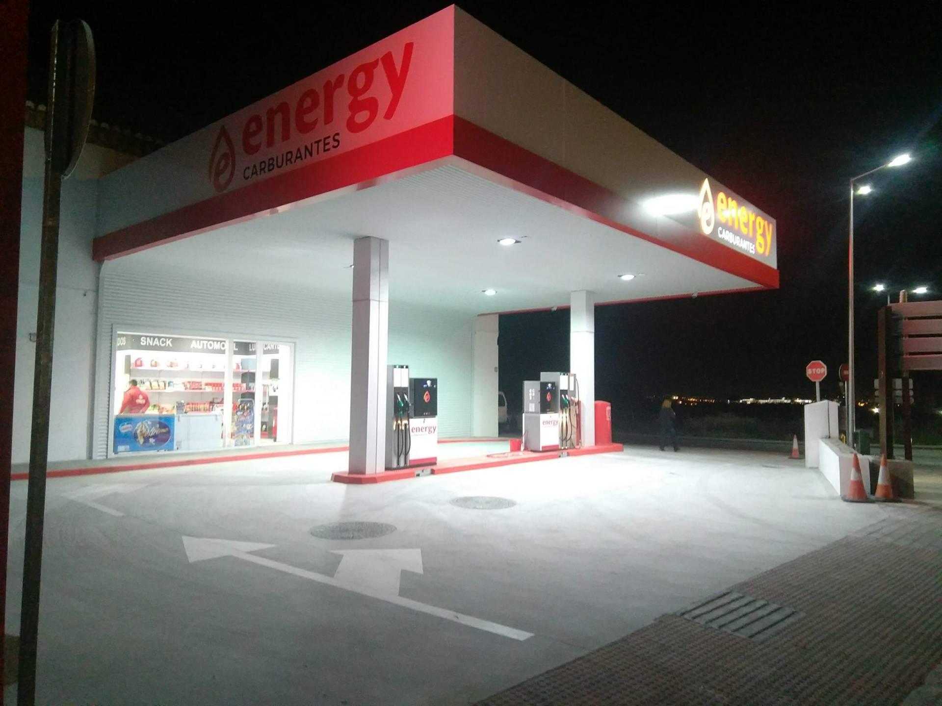 Gasolinera Bajo Coste en Monachil